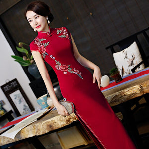 Long Red Cheongsam In Winter 2020 New Women's Dignified And Grand Show Performance Improved Retro Stage Performance Clothes