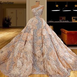 Muslim One Shoulder Celebrity Dress 2020 Crystals Special Fabric Red Carpet Runaway Dress Long Evening Dress Pageant Gowns