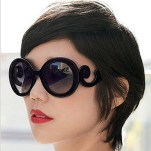 2020 Fashion Oversized Gradient Sunglasses Women Fashion Black Retro Sunglasses for Women High Quality Vintage Lunette De Soleil
