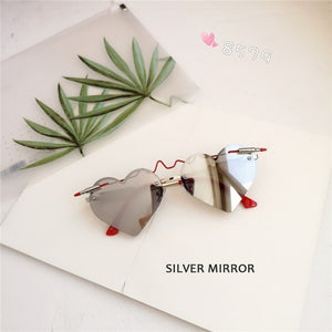 New Fashion Heart Shape Sunglasses Women 2019 Gothic Bullet ECG Glasses High Quality Silver Mirror Gafas de sol mujer