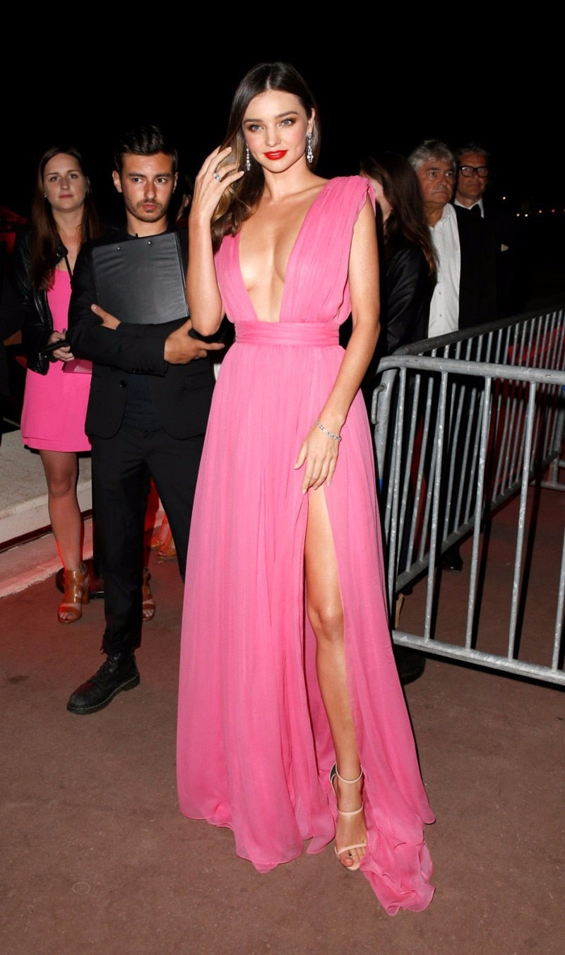 Pink Celebrity Dresses A-line Deep V-neck Chiffon Slit Sexy Famous Long Formal Red Carpet Dresses
