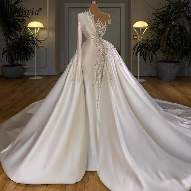 Newest Luxury White Celebrity Dresses 2020 Long Arabic One Shoulder Evening Dresses Formal Pearls Pageant Dresses Vestidos