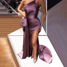 Load image into Gallery viewer, Simple Mermaid Celebrity Dresses Long Strapless Sleeveless Evening Gowns With Side Split Sexy Women Cocktail Party Dresses