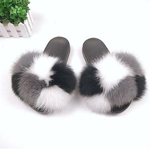 Ladies Summer Fur Slides Fluffy Slippers Fashion Outdoor Slippers Brand Luxury Slides Fur Sandals Cute Plush Shoes Furry Slides