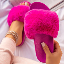 Load image into Gallery viewer, 2020 Winter Home Shoes Women House Slippers Warm Faux Fur Ladies Cross Soft Plush Furry Female Open Toe Slides Fashion Shoes