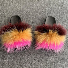 Load image into Gallery viewer, Luxury Women Real Fur Slides Raccoon Fur Slippers Ladies Flat Fluffy Home Slippers Summer Casual Plush Furry Flip Flops Sandals