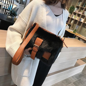 2020 Winter Fashion New Sweet Girl Square bag High quality Soft Plush Women's Designer Handbag Casual Shoulder Messenger bag