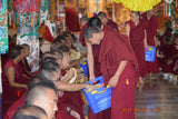 Offering of Rice and Flour to 4000 Sera Jey Monks </br> 隨喜供養南印度色拉傑4000多位僧众