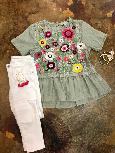 Embroidered Short sleeve Top LB2042