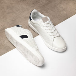 Madres Side Tape Detail Trainers In White