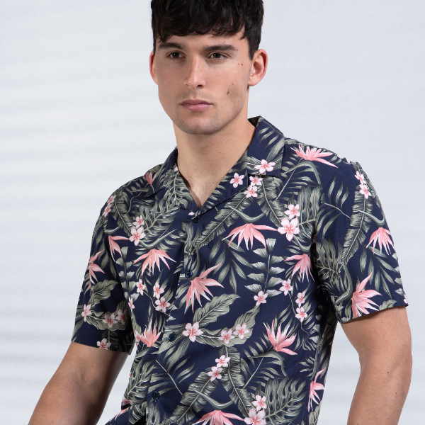 Henton Exotic Print Revere Collar Shirt in Navy/Pink