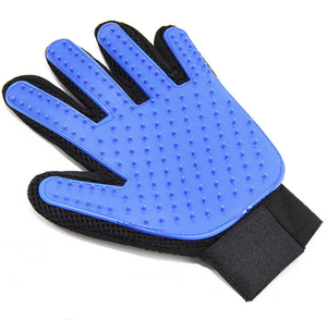 Brush Gloves for Easy Pet Grooming