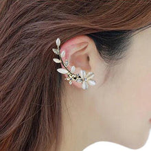 Load image into Gallery viewer, Fashionable Ear Cuff