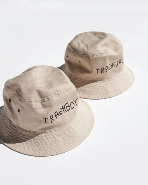 EMBROIDERED IVORY BUCKET HAT