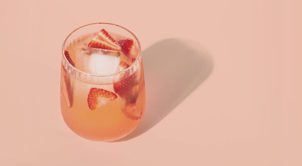 Strawberry Rosé Vinegar Gin Fizz