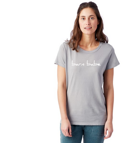 Barn Babe T-Shirt in Soft Grey