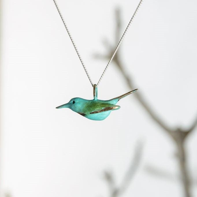 curAtiv proudly gives you Bee-Eater - Green Mini Sculpture Pendants.