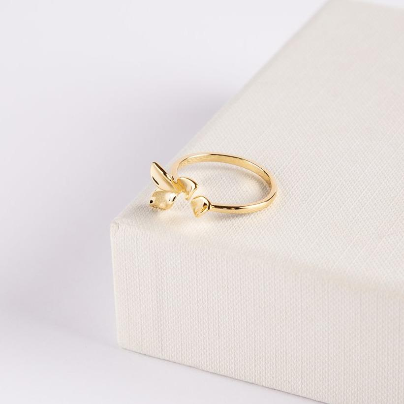 Carmona Brass Gold Plated Flower Ring - curAtiv Jewellery