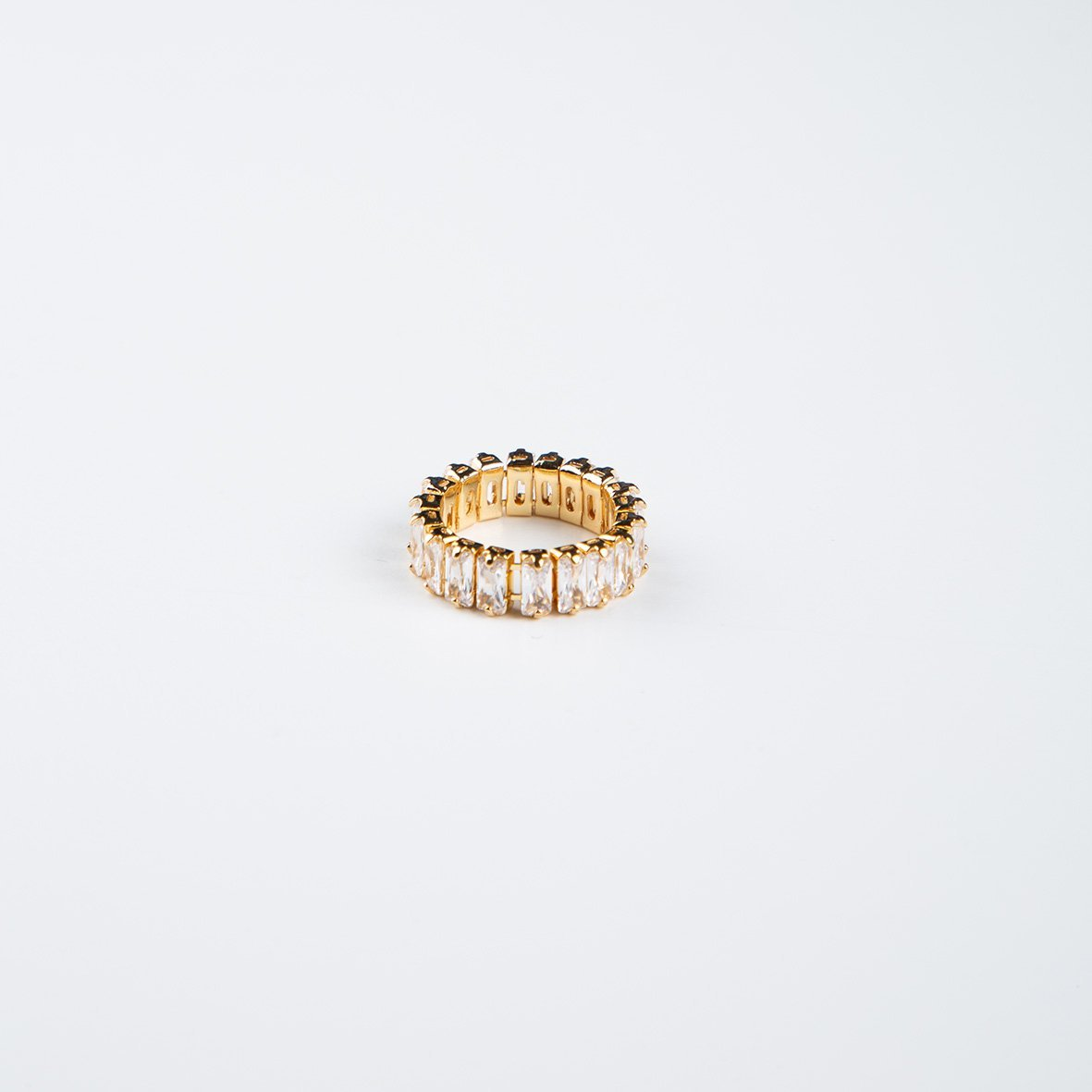 curAtiv proudly gives you Quebec 14k Gold Plated Ring and Cubic Zirconias Ring.