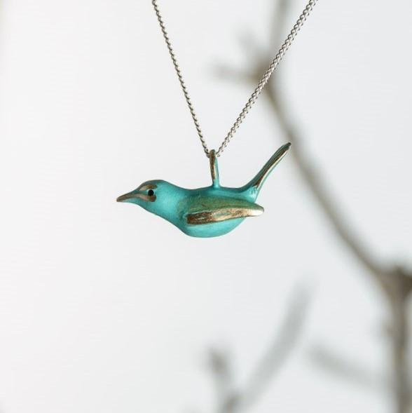 curAtiv proudly gives you Robin Mini Sculpture Pendants.