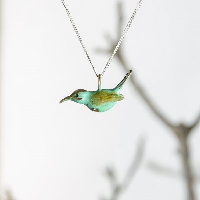 curAtiv proudly gives you Sunbird Mini Sculpture Pendants.