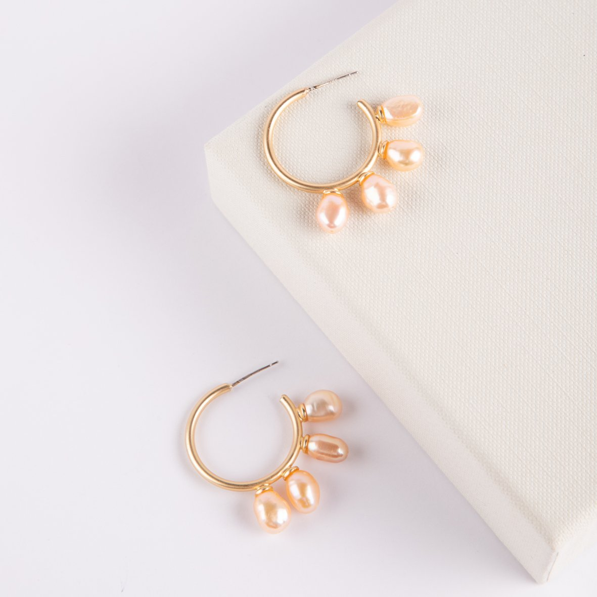 Vancouver Pink Fresh Water Pearl Hoop Earrings - curAtiv Jewellery