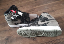 "Load image into Gallery viewer, Air Jordan 1 ""Camo"" Retro"