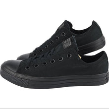 Load image into Gallery viewer, Converse Chuck taylor  (Low) Triple Black