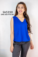 Load image into Gallery viewer, Solid Tone Plain Sleeveless Blouse