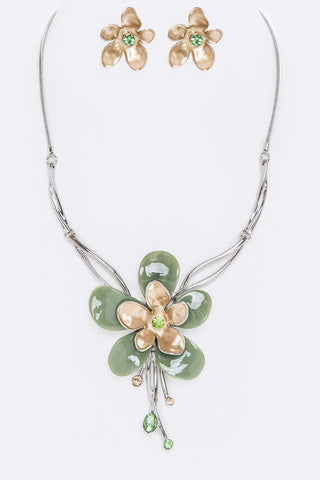 nacre flower set in silver & gold