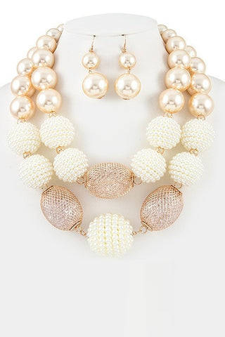 sweet ivory bauble in pearls