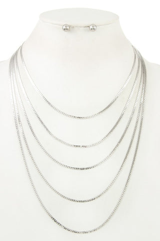 flat gleaming layered necklace
