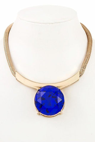 fall's statement collar in blue