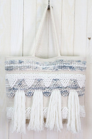 beachside loomed carpet tote
