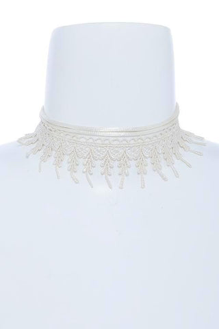 lace fringed choker