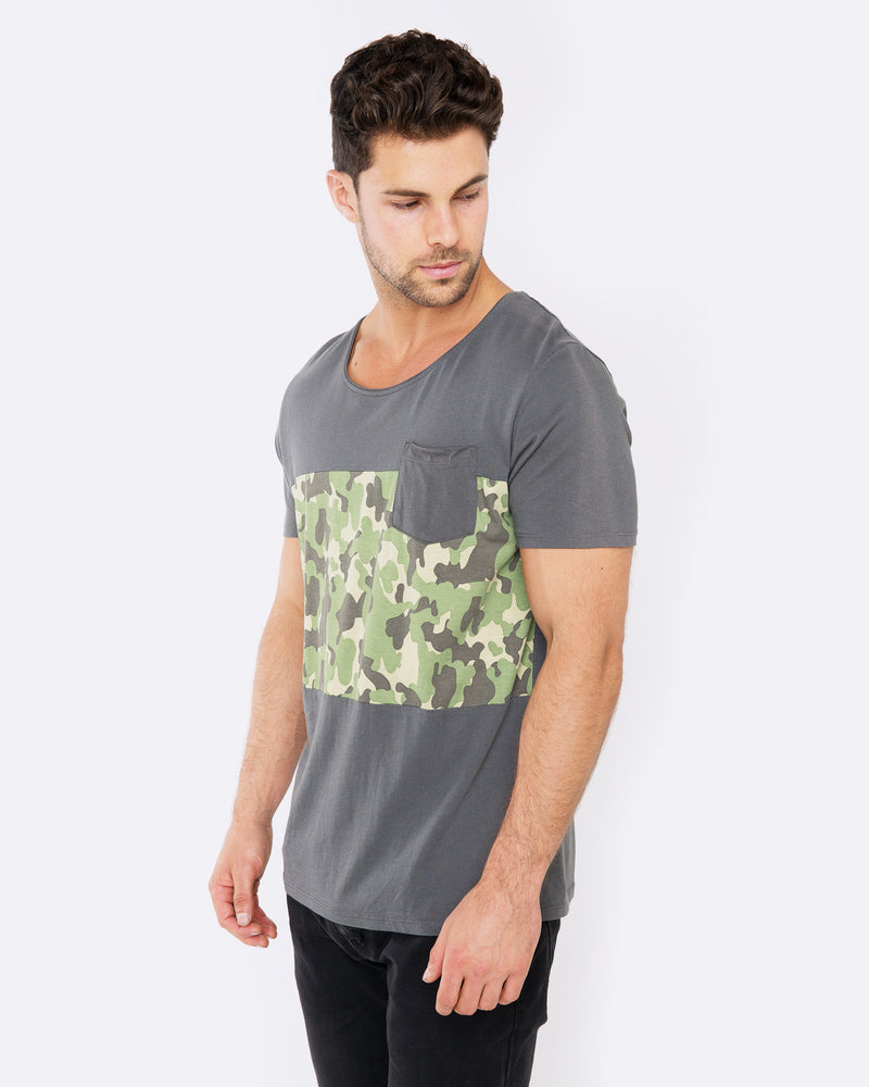 Find me in the Woods Dark Grey Tee