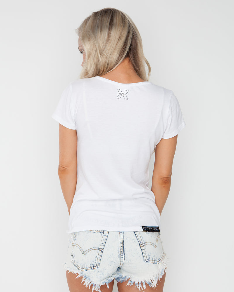 Dreaming Emotion White Tee