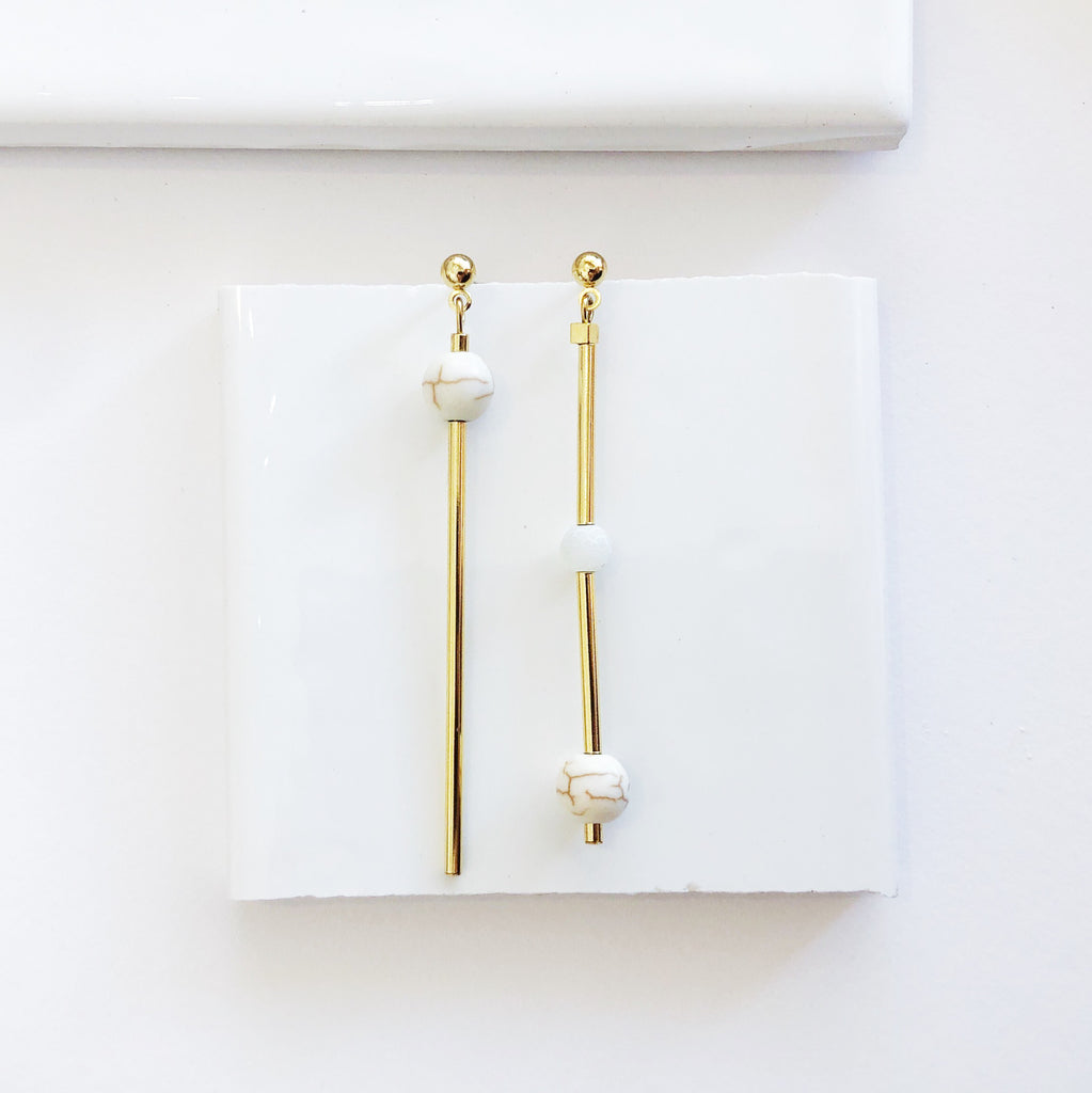 Esperance Asymmetric Gold Earrings