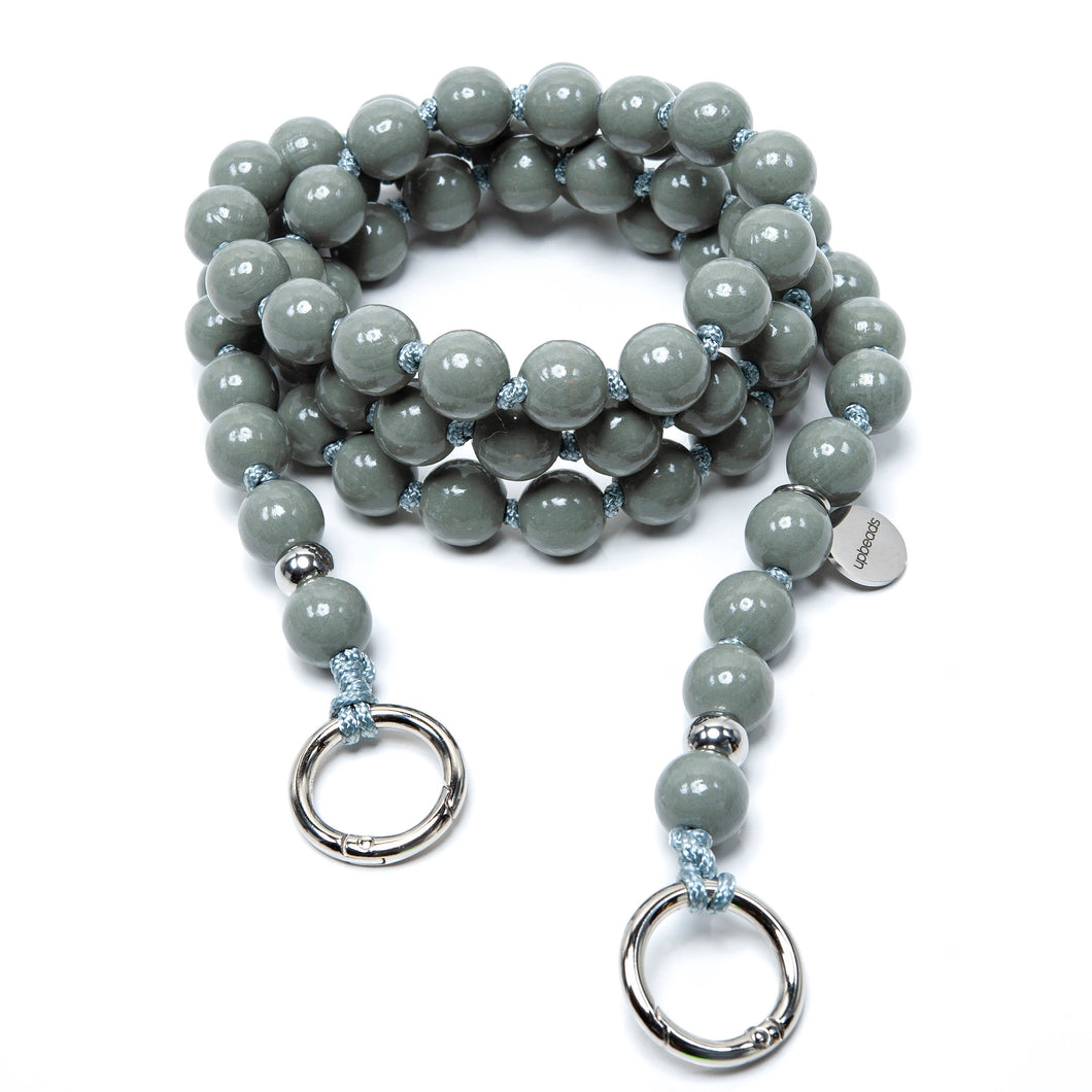 upbeads Rocco grau grey beads crossbody Handykette Holzperlenkette Holzperlen cellphone chain keychain wooden bead chain