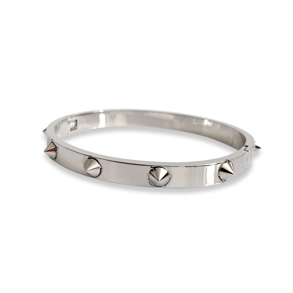 SPIKES BANGLE in stainless steel silver with spikes around it.