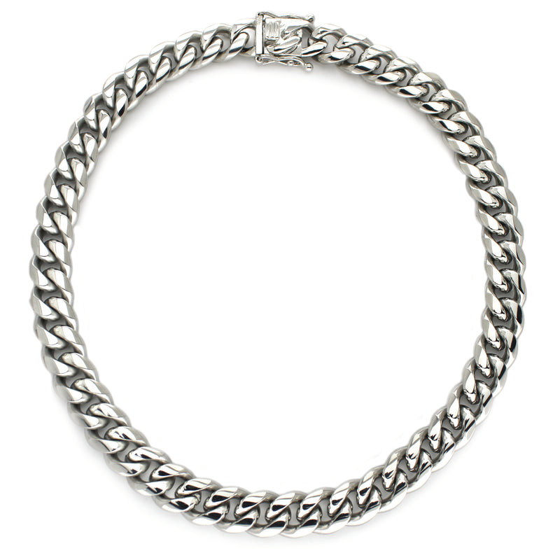 Palma Necklace which is a thick chain made of Rhodium plated Stainless steel with box lock.