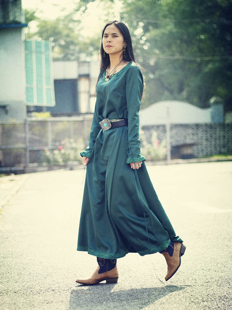 Vintage Solid Color Long Sleeves Maxi Dress