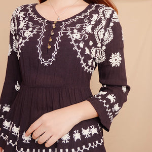 Forever 21 Emroidered Chiffon Boxy Blouse