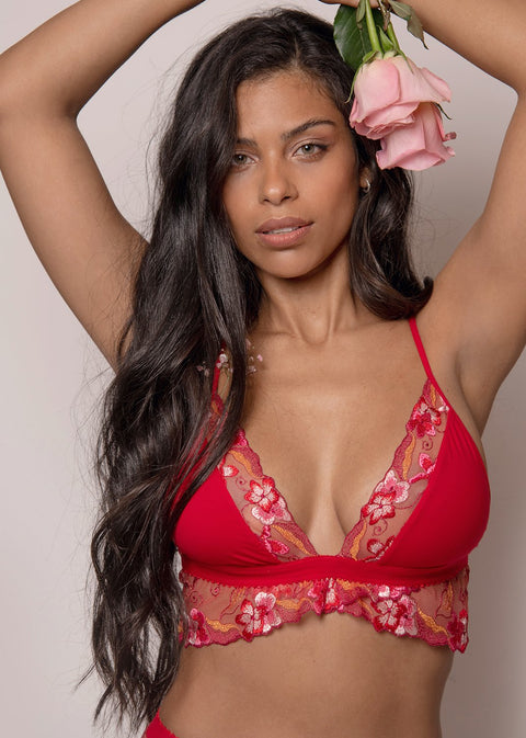 Full Bloom Underbust Lace Bra