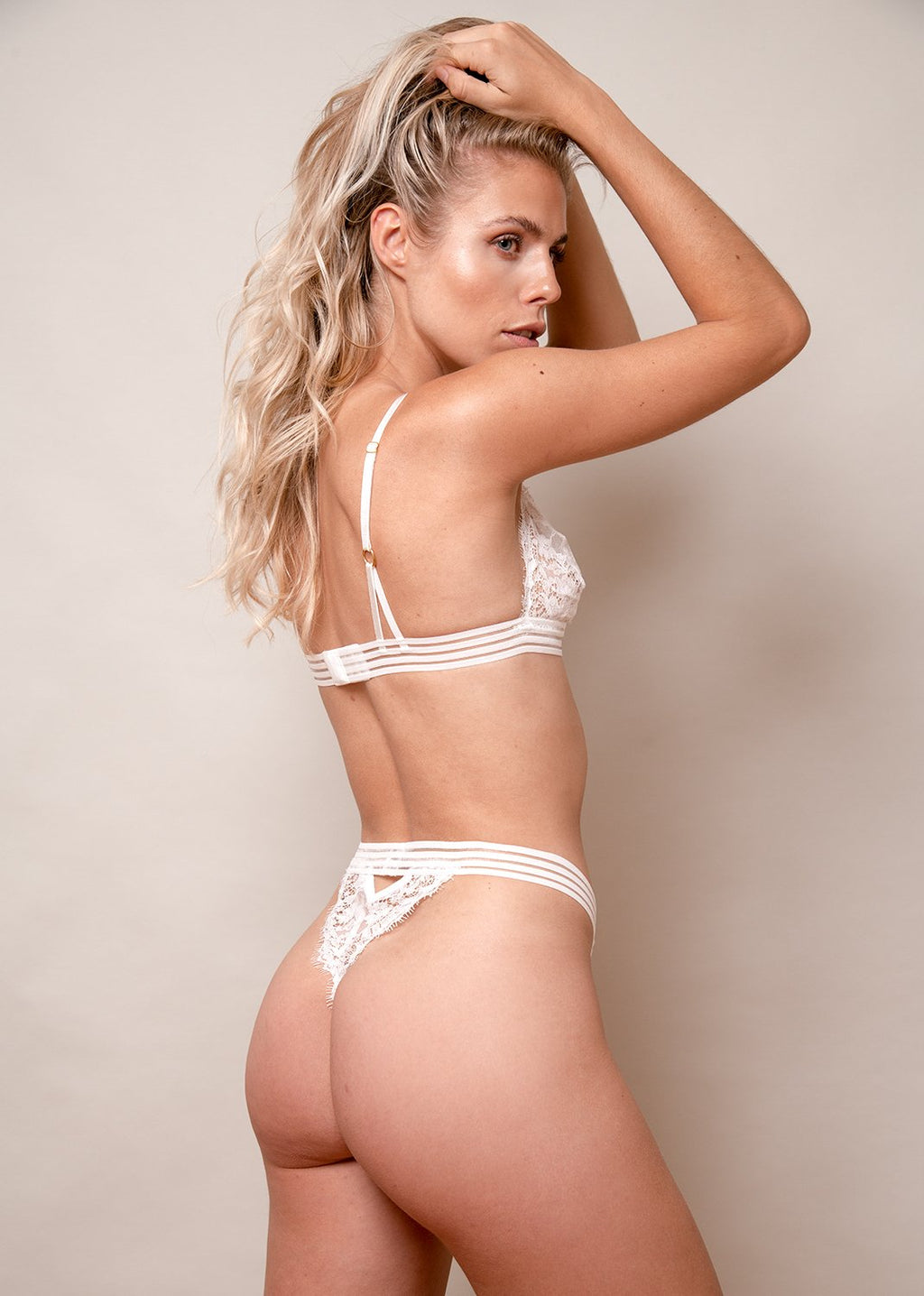 Michèle Ma Belle Thong – White