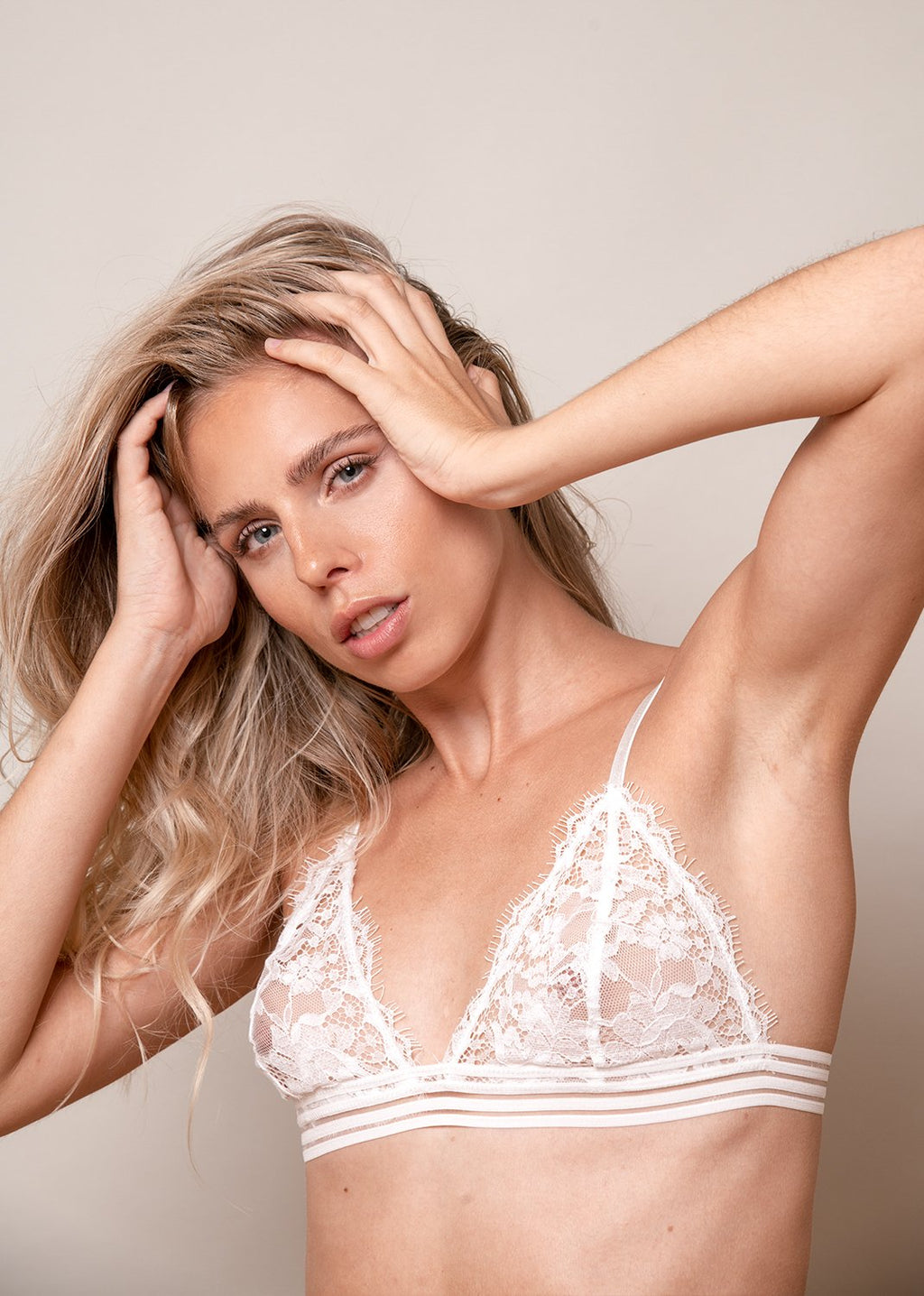 Michèle Ma Belle Bra. White Lace Bralette. Triangle Bra with striped underband. LEONESSA Lingerie