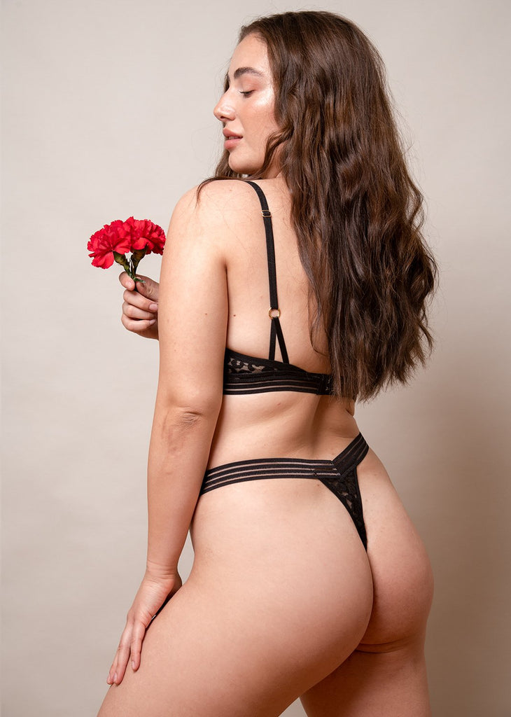 Wild Heart V-Shape Thong