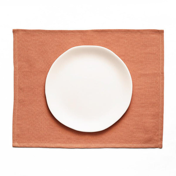 Embrin linen table placemats, 10 beautiful colors to choose from, made with high quality and sustainably grown flax from Normandy, France