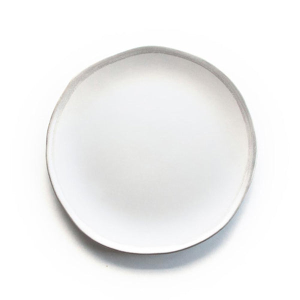 Reflets d'Argent dinner plate, white, by Jars Ceramistes. Ceramic dinnerware handcrafted in France. Dishwasher safe.