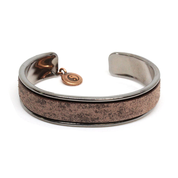 Distressed Chocolate Brown Cuff Bracelet / fits up to 7 inch wrist size / Euro leather on gunmetal black cuff / yin yang charm